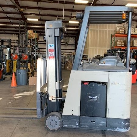 2008 Crown RC3020-35 Cushion Tire Forklift